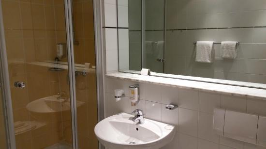 """Flandrischer Hof: Bathroom in """"Comfort Single Room"""""""