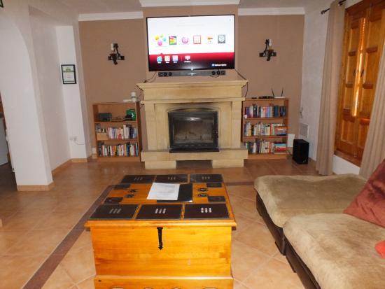 cinema room with 60 inch smart tv - picture of casa pino solo