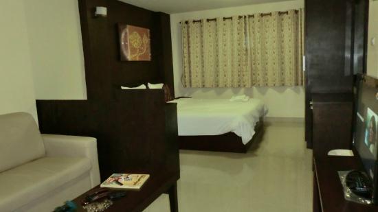 Regent Suvarnabhumi Hotel : big room