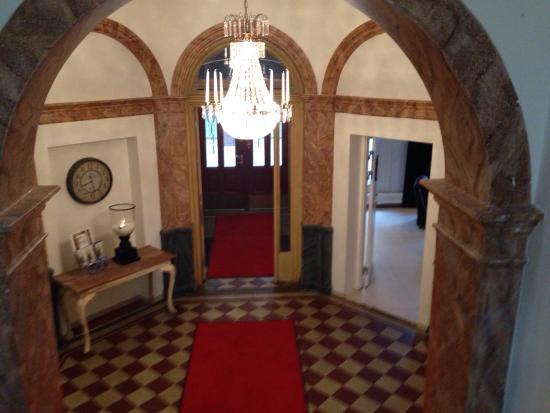 Hotel Hjalmar: Entrance hall