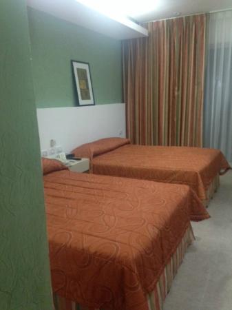 Hotel Los Cocos: Un poco pequeños los cuartos