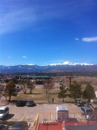 Howard Johnson Colorado Springs: Mountain Views