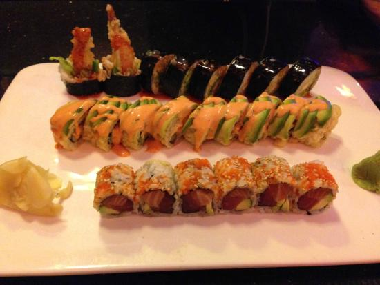 East Moon Asian Bistro: Sushi!