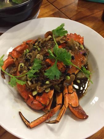 Stir-fried Snails with Lemongrass and Chili - Ốc đinh xào sả ...