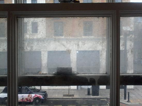 Victoria Station Hotel : La fenêtre...