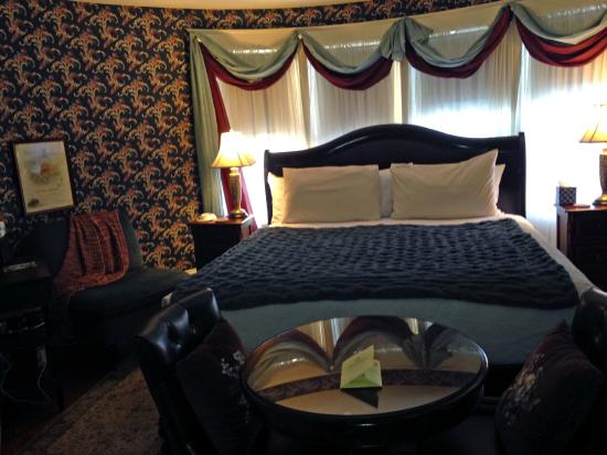 Oscar H. Hanson House Bed and Breakfast: Townsend Suite