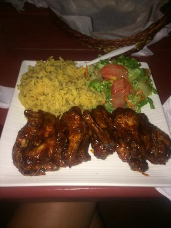 Wingz -N- Tingz: Great tasty amazing homely food perfect!!!!