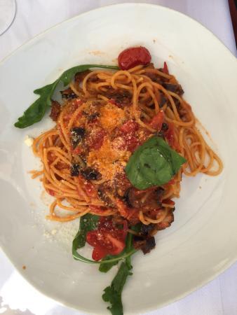 Da Bruno: Spaghetti alla norma
