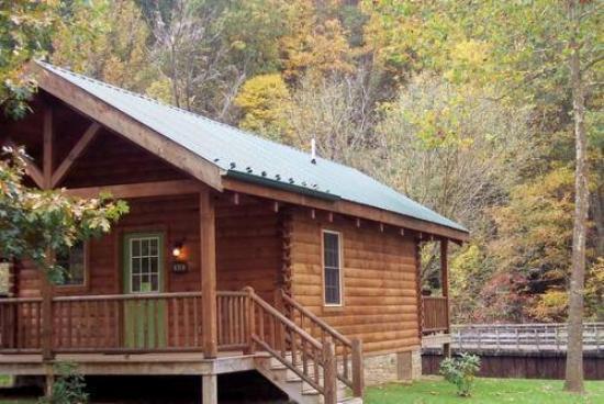 "New River Trail Cabins: Cabin 317 ""Three's A Crowd"""