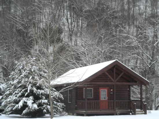 "New River Trail Cabins: Cabin 303 ""Alone At Last"""