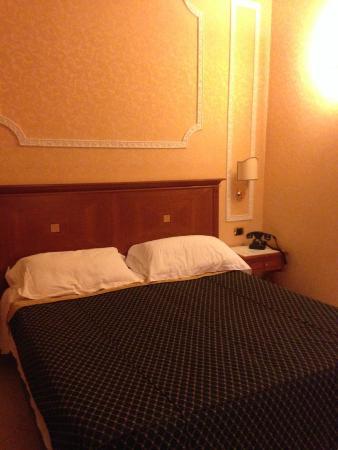 Amalia Hotel: Cama confortável