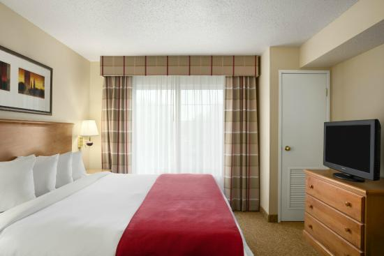 Country Inn & Suites By Carlson, Columbus Airport: King One Bedroom Suite