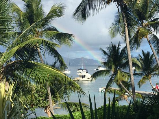 Cooper Island Beach Club : rainbow