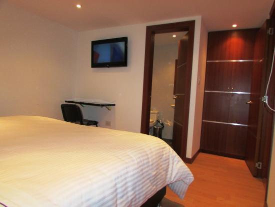 HOTEL MIRANDA HOUSE $23 ($̶3̶8̶) - Prices & Guest house