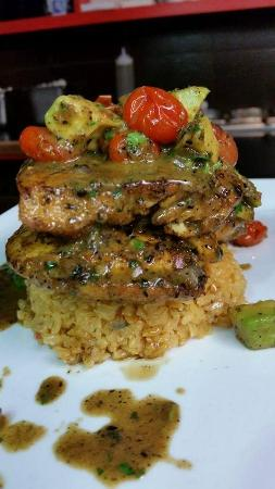 Flying Rhino Cafe: Tequila Chicken