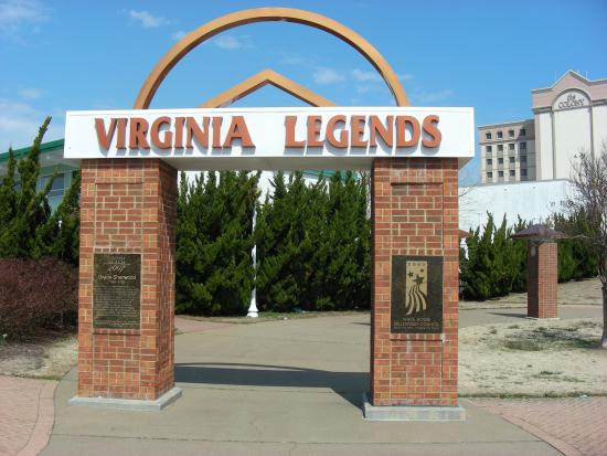 ‪VIrginia Legends Walk‬