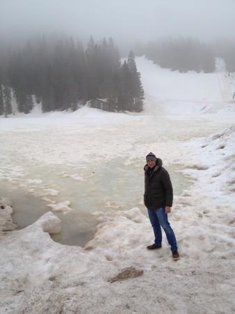 Hotel Lavaredo: Il lago ghiacciato