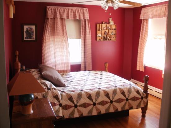 Old Wellsboro Inn: Miller Room