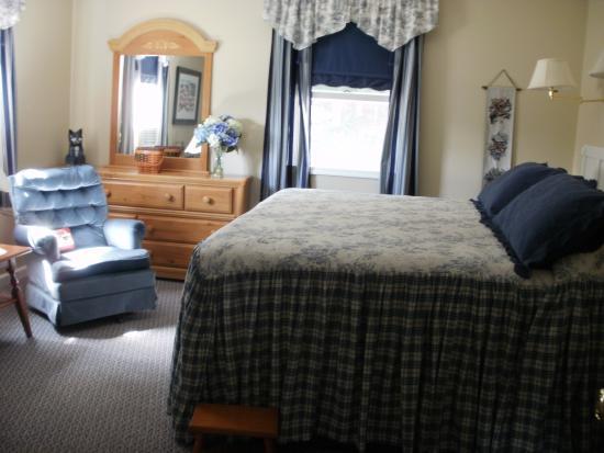 Old Wellsboro Inn: Smith Room