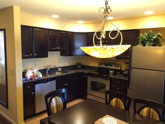 The Colonies at Williamsburg Resort: The Kitchen