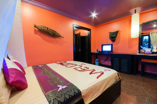 Golden Butterfly Villa: Deluxe Double room No Balcony