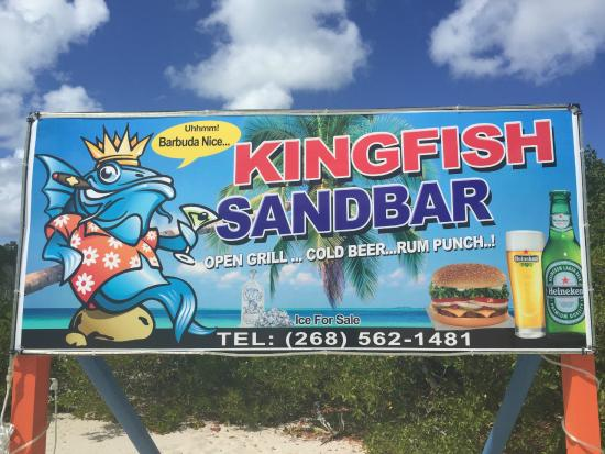 Codrington, Barbuda: Seaside lunch spot on Low Bay Beach