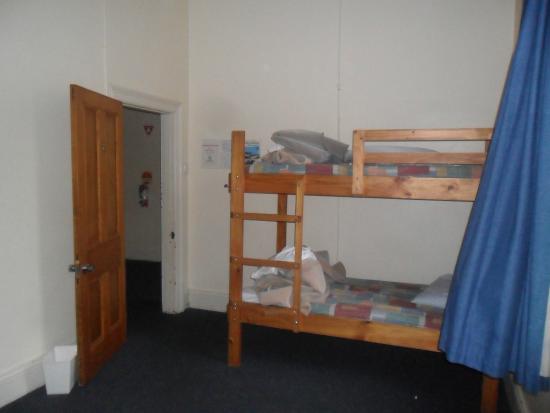 Launceston Backpackers: Room