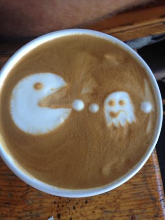 Looney Bean Coffee Shop: Yummy latte