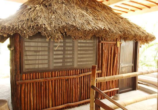 Casa del Sol: cabin exterior