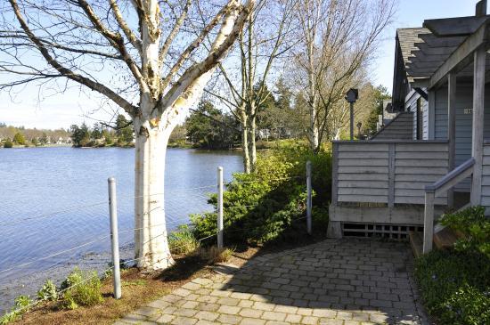 Econo Lodge Inn & Suites: Cottage proximity to the Gorge