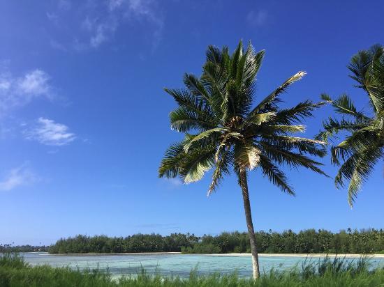 Sokala Villas: View of lagoon from beach front villa
