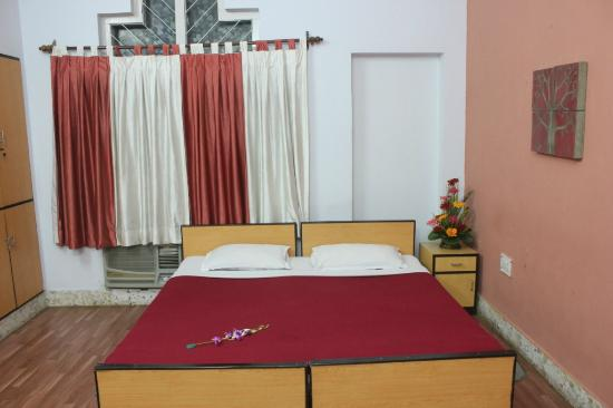 NIPS Corporate Guest House: Relax in Our Large and Spacious Deluxe Rooms