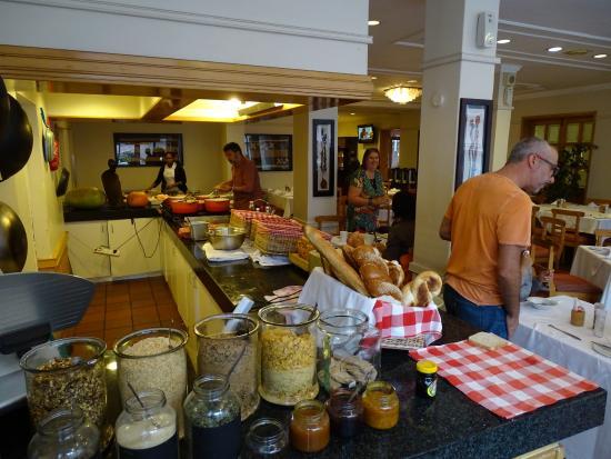 Lady Hamilton Hotel: Het ontbijt is uitgebreid.