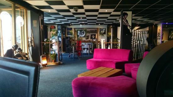 The Empress Bar: Inside the Empress