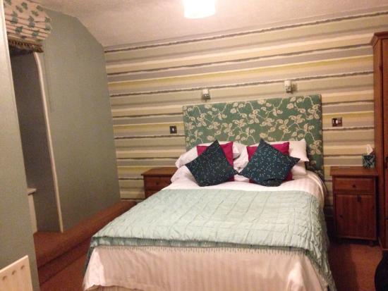 Laurel Cottage Windermere: Bed