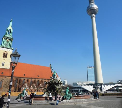 Alexanderplatz: The square