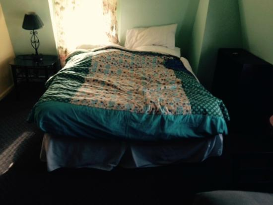 The Grenville: This was actually the bed. There is a pillow at the top left but the rest is the way it is