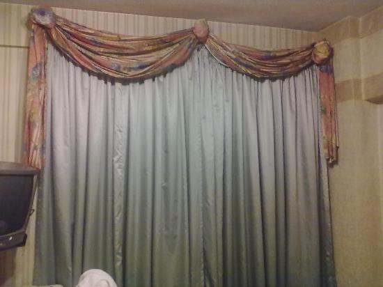 Hotel del Rey: cortinado