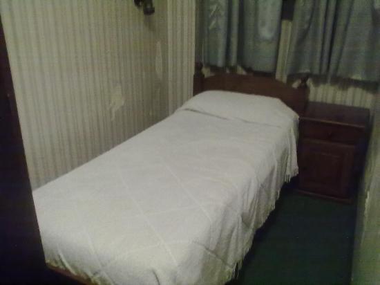 Hotel del Rey: cama adicional