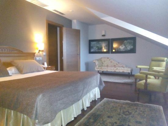 Hosteria de Torazo: Dormitorio Suite