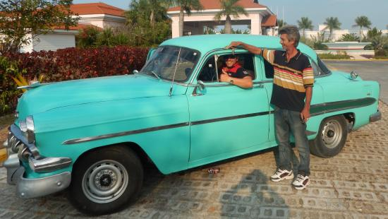 Heart of Cuba Tours: Our guides and wheels for the day