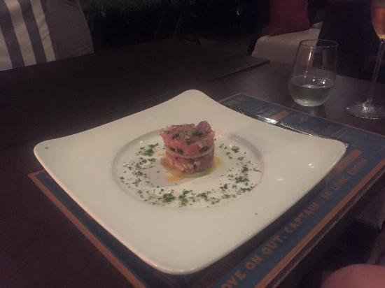 BEYOND THE SEA, Siamese Brasserie: Tuna tartare starter