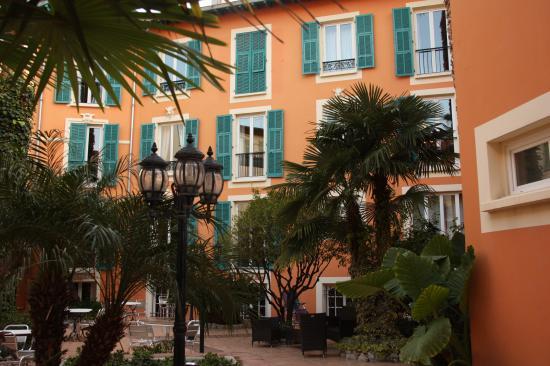 Hotel Durante: Aangename binnenplaats