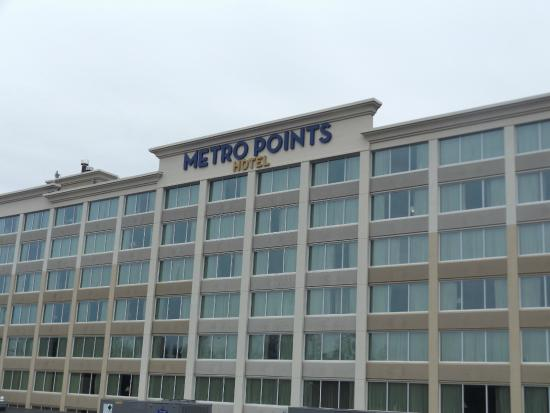 Metro Points Hotel - Washington North: New windows