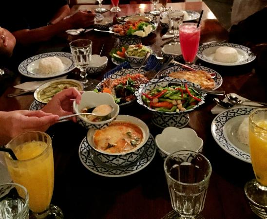 Tera-Thai Fine Dine Restaurant: less than 20 minute - half of our request