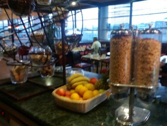 Ibis Concepcion: Desayuno Buffet