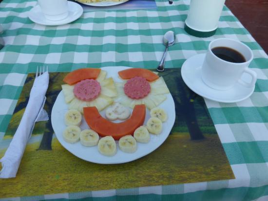 Casa Colonial Yadilis y Joel: Desayuno