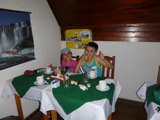 Los Rios Residencial: Comedor...desayuno básico, pero fresco
