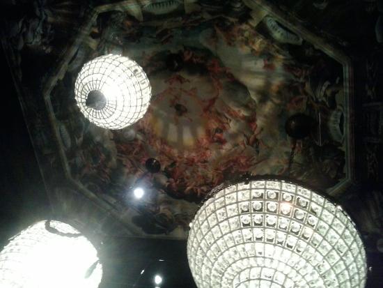 Imagenes De Los Baños Mas Bonitos:Bonitos techos pintados en los baños: fotografía de Aura Restaurante