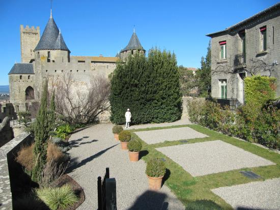 Jardins picture of hotel de la cite carcassonne for Hotels carcassonne